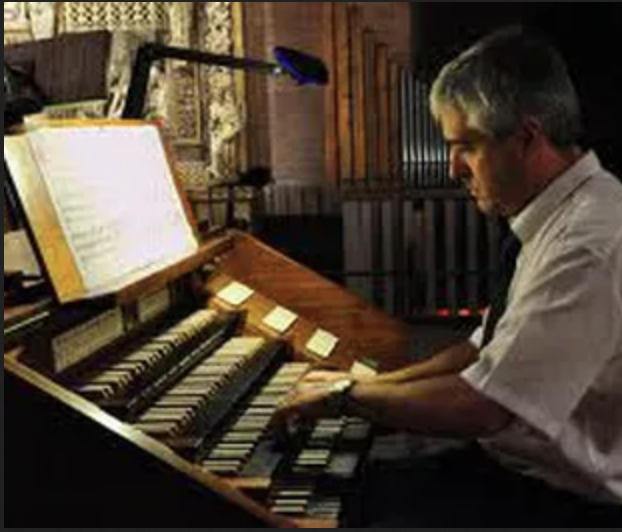 Esteban Landart memebre d'honneur de l'association des Amis de l'Orgue saint Laurent de Cambo